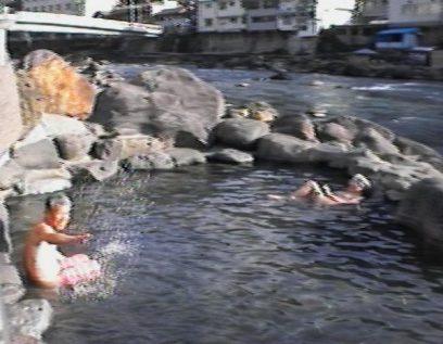 天ケ瀬温泉 河原の露天風呂
