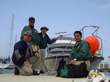 広島から32フィートのボートで伊予灘を越えてやってきました