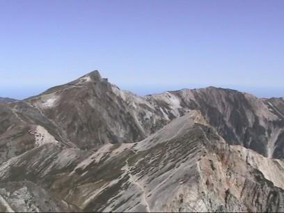 ようやく白馬岳が見えます