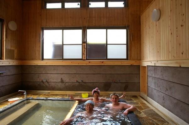 湯平温泉にある橋本温泉共同湯