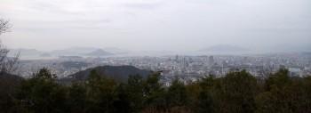 7:12 牛田山山頂から広島市内