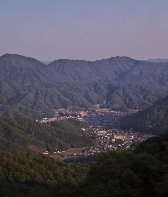 笹ヶ峠から畑賀、中野方面を望む