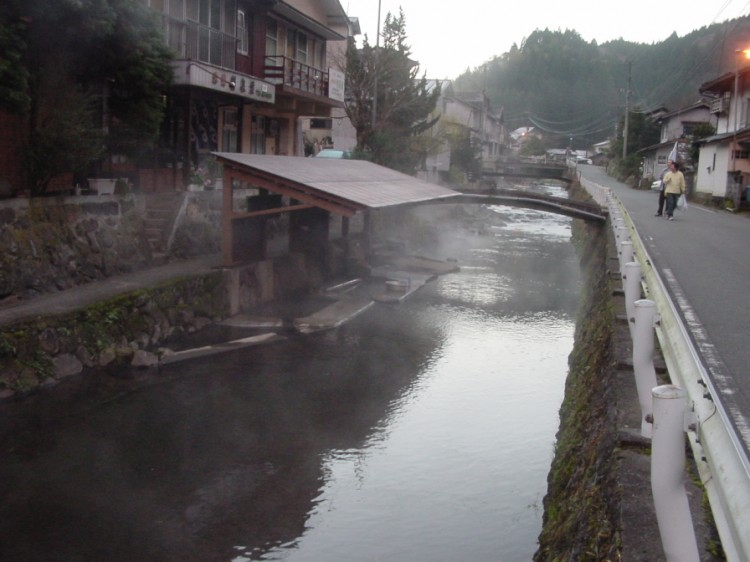 2004_12_12_oda 046