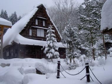 民俗資料館も雪の中