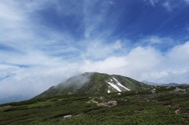 双六岳の尾根から三俣蓮華手前の丸山