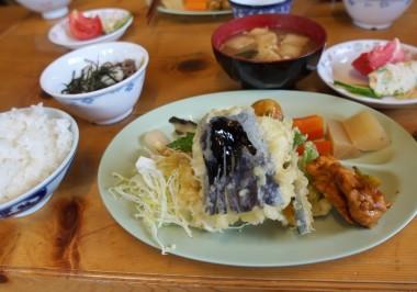 黒部五郎小屋の夕食