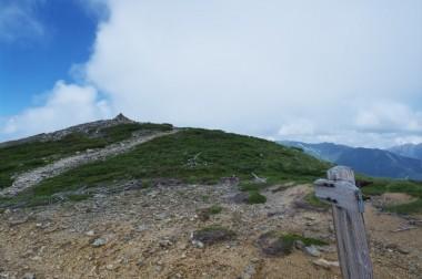 11:57 ようやく北ノ俣岳の山頂が
