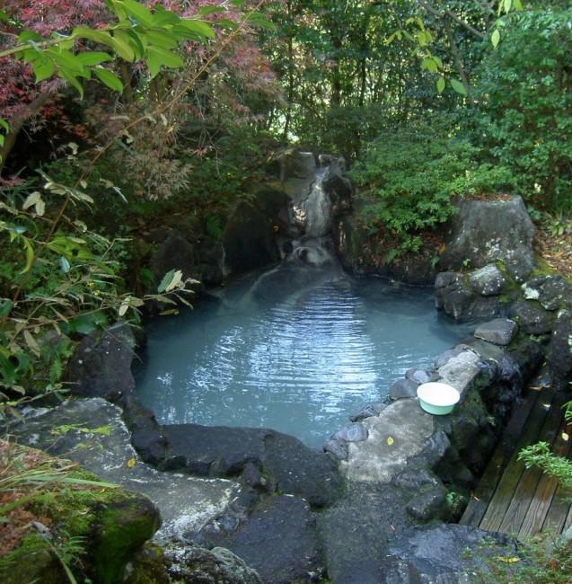森の中の露天風呂は最高です