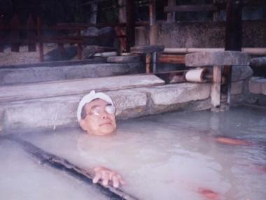 紺屋地獄には多くの泥湯がある
