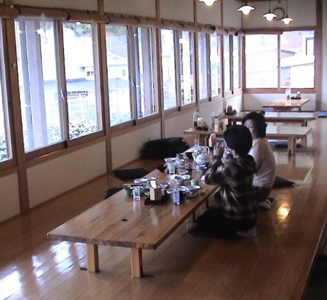 桜尾山荘の食事処