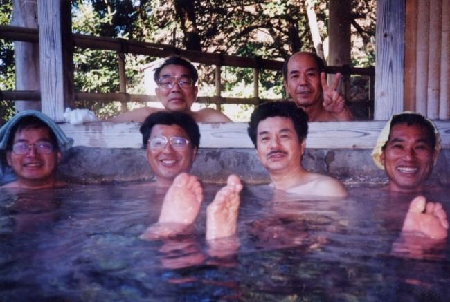 素朴な露天風呂は食事をすると無料です