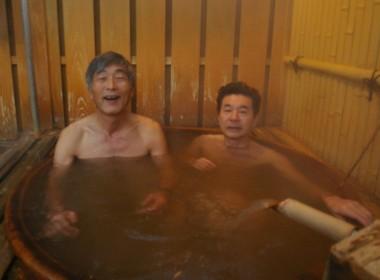 陶器のお湯はかなり温度が高い・・冬は、こちらですね