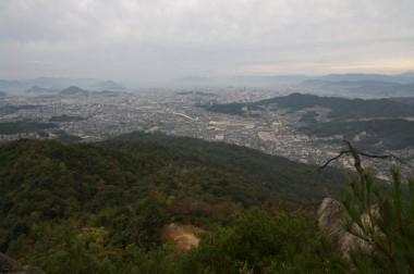 広島市内はちょっと霞んでいます