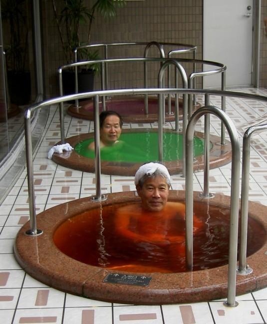 吉野川SAハイウエイオアシスに併設されているお風呂です