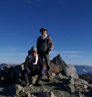 中岳山頂でHHMとTAM