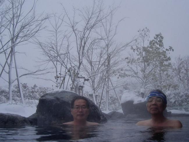 雪の中での露天風呂 なかなか爽快でした