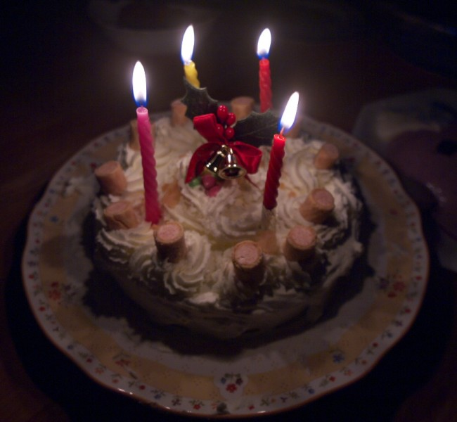 手作りケーキ ヒデも手伝った
