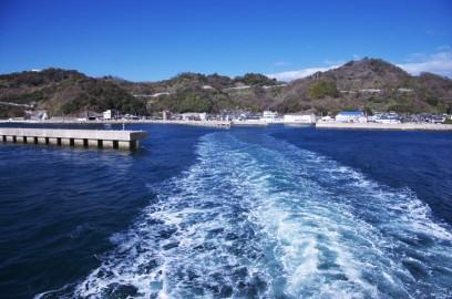 岡村港から大三島の宗方港へ