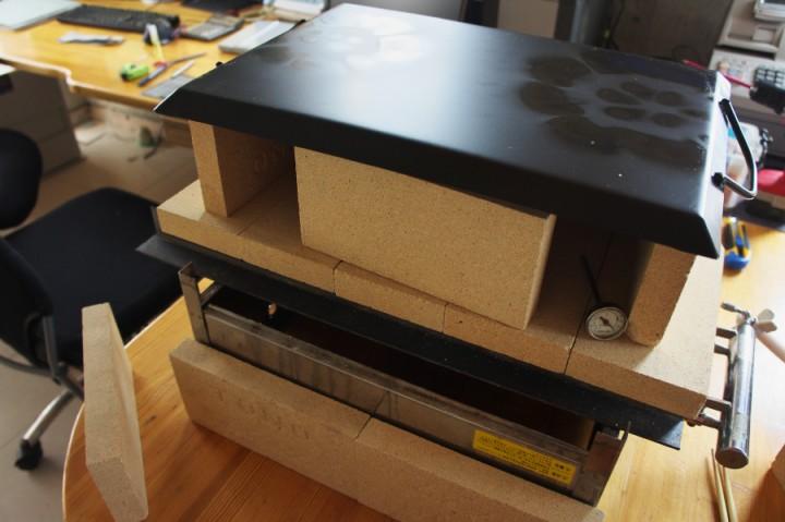 オデン用のガスバーナーを改造して炉を構築してみます