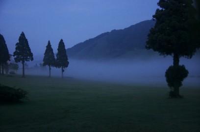 だんだんと霧が深くなる