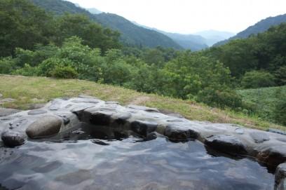 山深い天空の湯から眺める