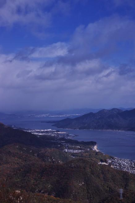 大鉢山から宮島を望む