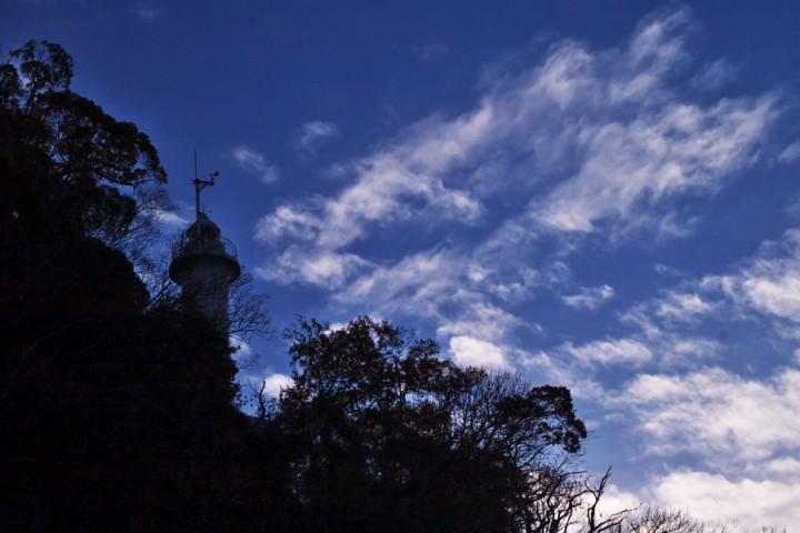 元宇品の先端にある灯台 青空が広がってきた