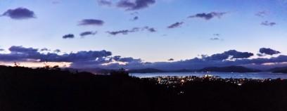 朝、6:30宮島SAで合流 朝が明けてくる