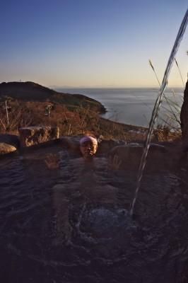 海を眺めながらの温泉は素晴らしい