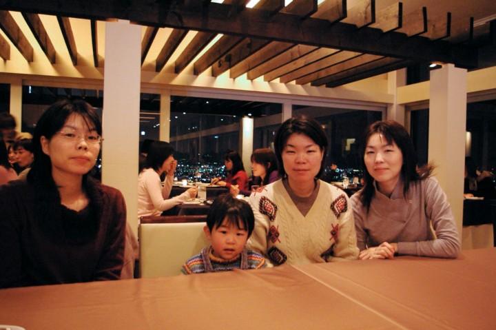 高須の高台にあるゾーナで食事 夜景が綺麗です
