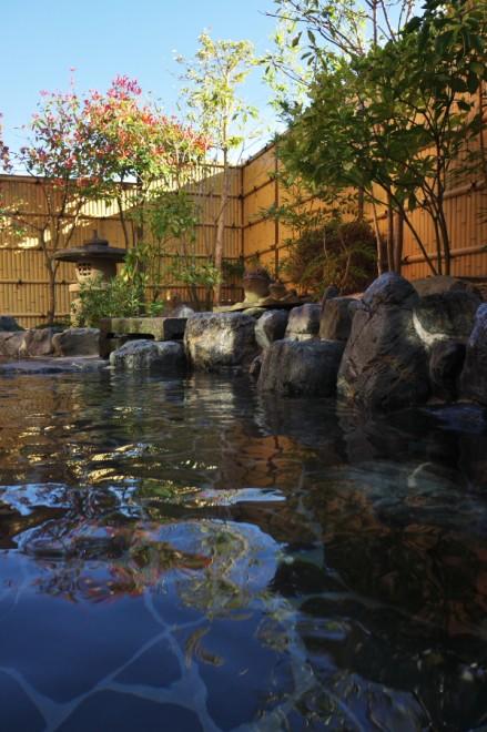 大森の湯 露天風呂は雰囲気がある