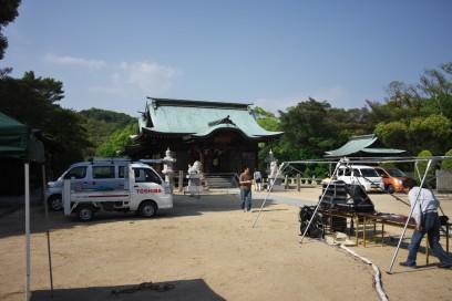会場の喜多浦八幡神社 設営中