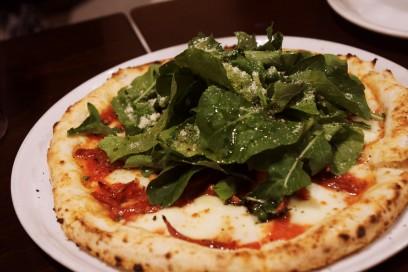 ここのピザは美味しい