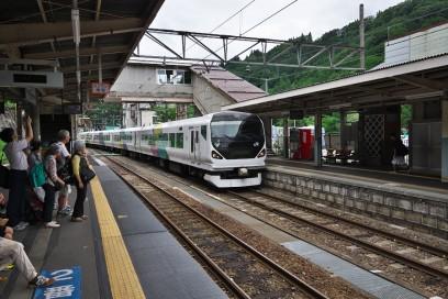 南小谷駅は特急あずさの終着駅