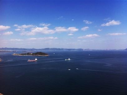 瀬戸大橋からの眺めは素晴らしい