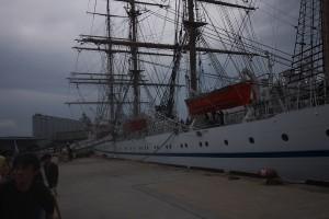帆船 日本丸 船内公開しています