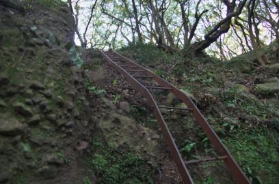 五剣山への梯子 垂直でかなり怖い