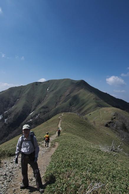 10:24 次郎笈へ登山開始
