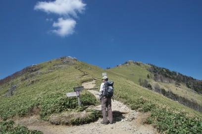 14:06 次郎笈峠から剣山への登り