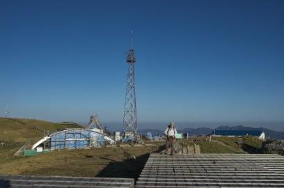 剣山山頂には測候所がある 工事中だった