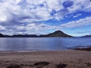 海岸は静かです
