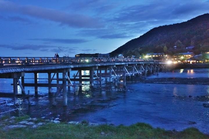 桂川の渡月橋