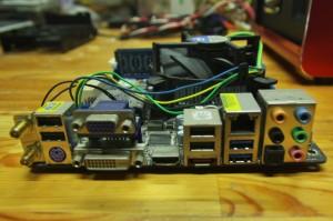 マザーボードはH67M-ITX/HT