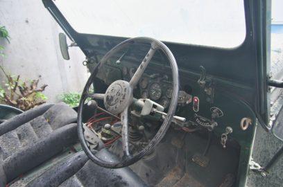運転席周り クラッチがどきつい