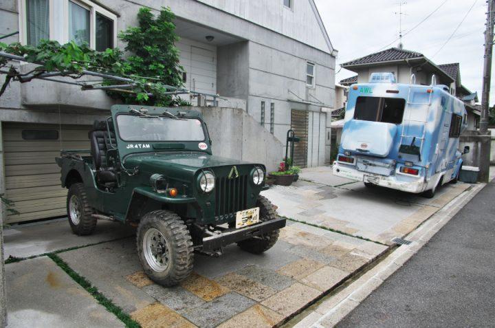 HJ-58とキッチンカーのロデオキャンパー