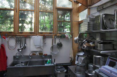 イベントでの厨房器具を洗うのも大変ですね