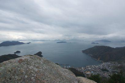 12:25 瀬戸内海がきれいです、さて後火山に出発