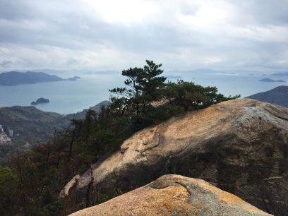 12:08 眺めのいい良い登山コースが続きます