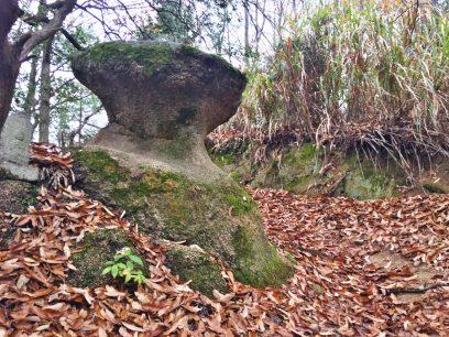 10:28 変わった石を通過