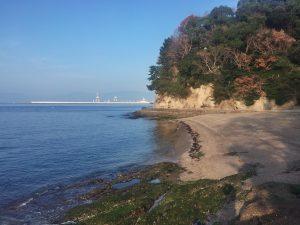 海岸は天気が良いので気持ちがGood